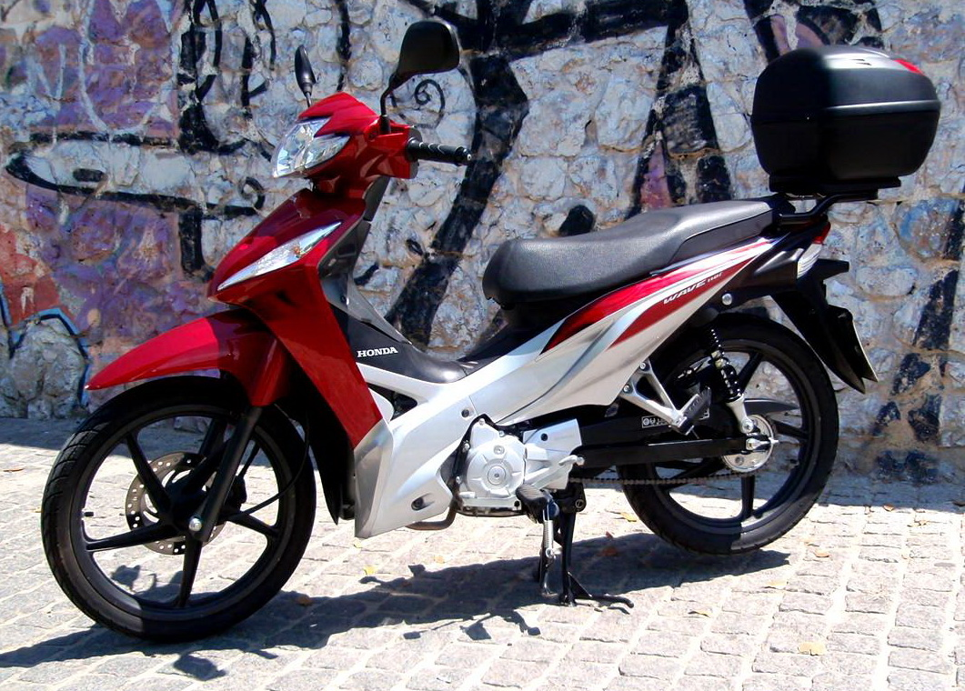 6ec439b67f9 ΜΕΤΑΧΕΙΡΙΣΜΕΝΑ: Πως αγοράζουμε, τι προσέχουμε; - MotorBike.gr