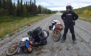 ΤΑΞΙΔΙ: 170.000 χιλιόμετρα στον κόσμο με παπί