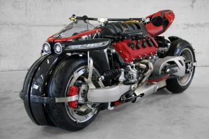LAZARETH LM 847: Με κινητήρα Maserati V8, 470 ίππων