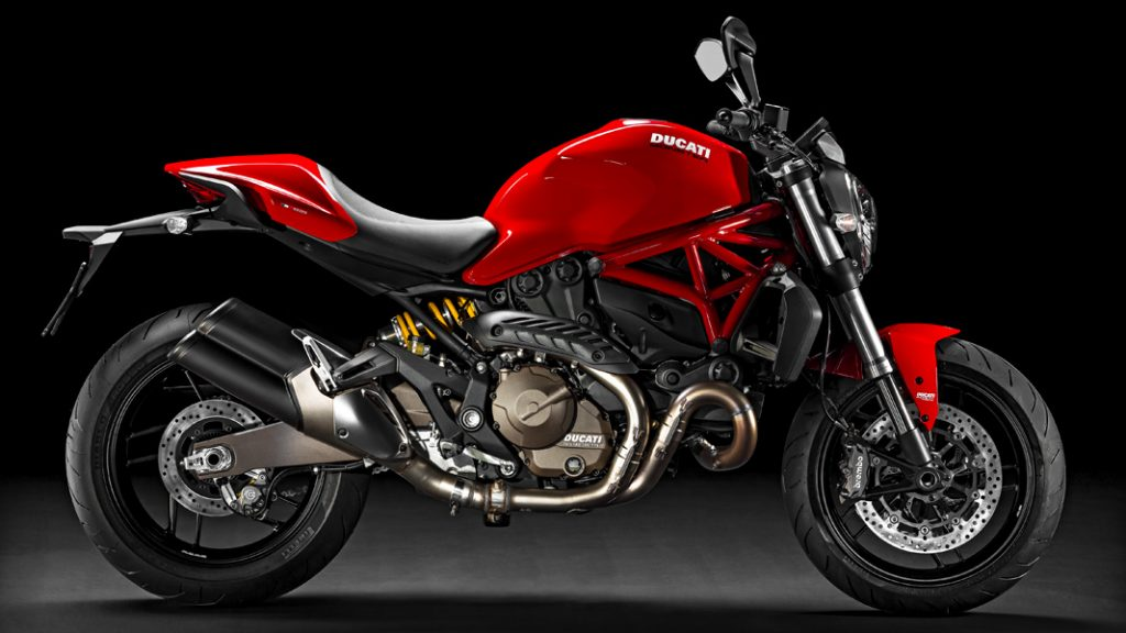 DUCATI Monster 821, Red