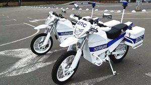 ΡΩΣΙΑ: Η αστυνομία πήρε τα Καλάσνικοφ!