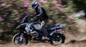 BMW: Ανάκληση 9.200 μοτοσυκλετών στις ΗΠΑ