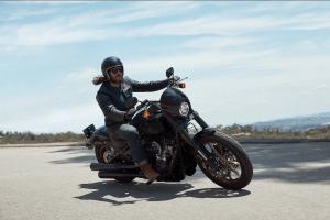 "HARLEY-DAVIDSON Low Rider S, 2020: Για ""αγριεμένους"" αναβάτες;"
