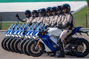 ΑΜΠΟΥ ΝΤΑΜΠΙ: Η Τροχαία με Ducati Panigale!