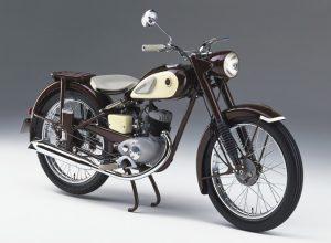 ΙΣΤΟΡΙΑ: Τα παρθενικά βήματα των Ιαπώνων στις μοτοσυκλέτες