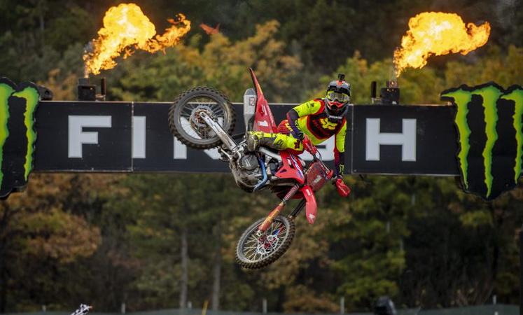 Σπερχειάδα: Πανελλήνιο Πρωτάθλημα Motocross με ρεκόρ συμμετοχών!